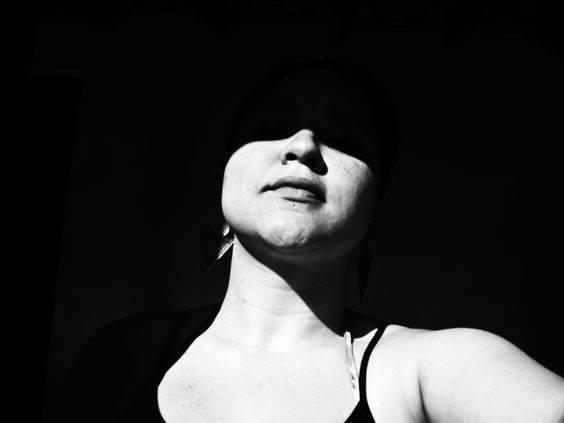 AUTORA: Caroline Oliveira Alencar