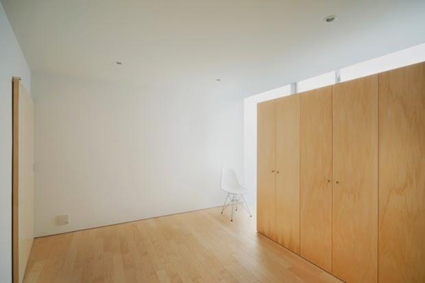 membangun-desain-bangunan-rumah-tinggal-minimalis-lahan-sempit-yoritaka hayashi-ruang dan rumahku-009