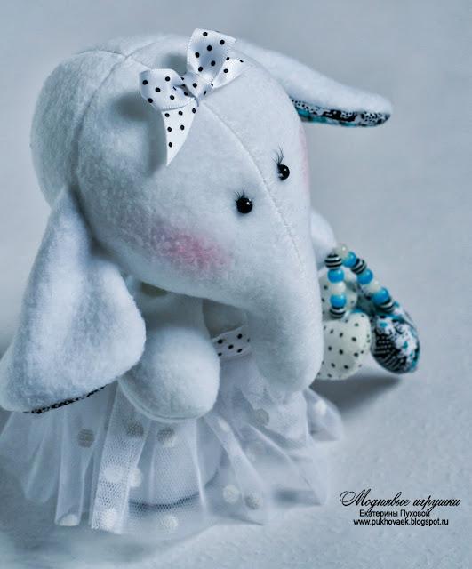слоненок игрушка, подарок для девочки