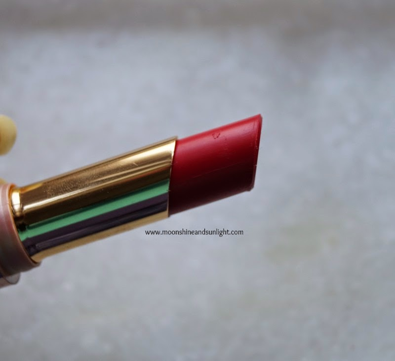 Lakme 9 to 5 crease-less lipstick in Flaming Function review, swatches || New launch