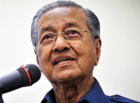 Mahathir sindir Najib kata Malaysia tak akan alami krisis kewangan walau mata wang turun