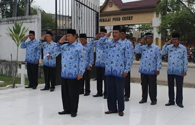 Kemenag Kota Tanjungbalai Ziarah Kemakam Pahlawan Dalam Rangka HAB Kemenag Ke 70
