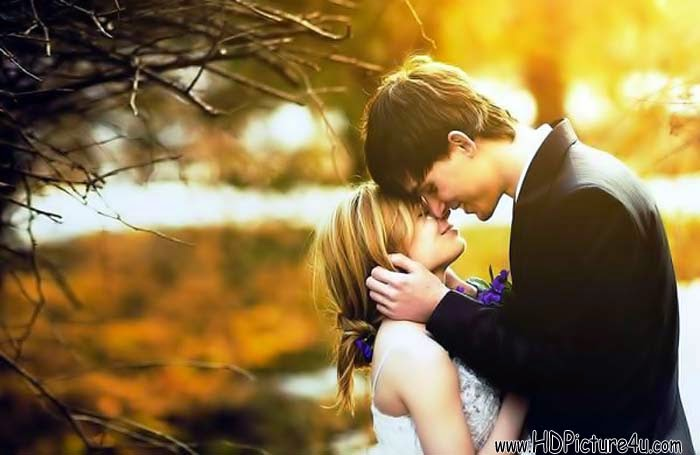 Lovely Hugging Couple Wallpaper Couples Love Hug Pictures