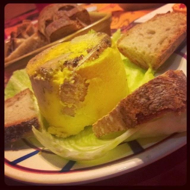 Recette du foie gras maison les pieds sous la table - Cuire du foie gras ...