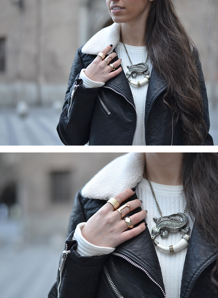 Street Style, leather black jacket, cocodrile necklace, golden rings