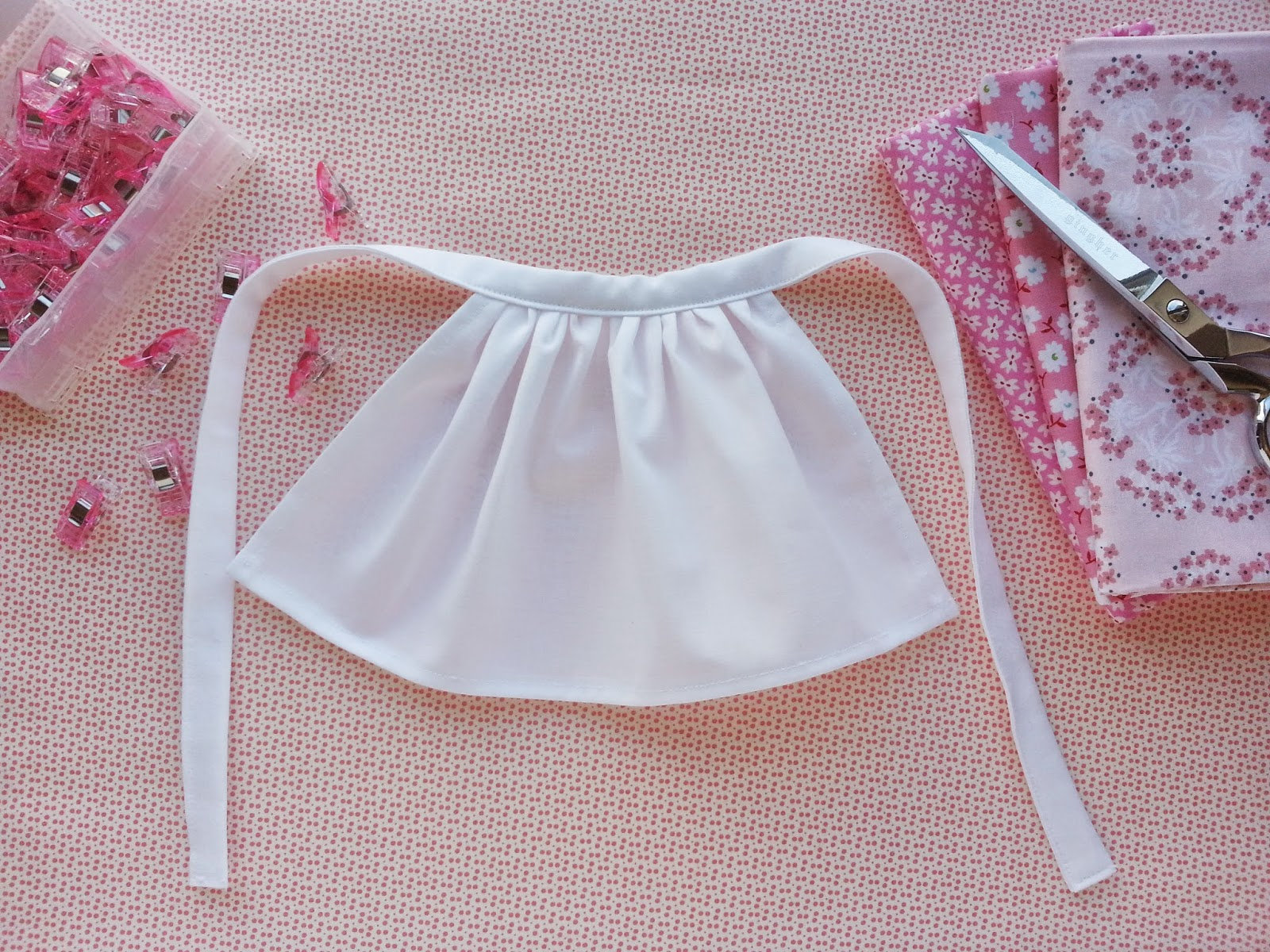 American Girl Doll Prairie Apron tutorial for Caroline