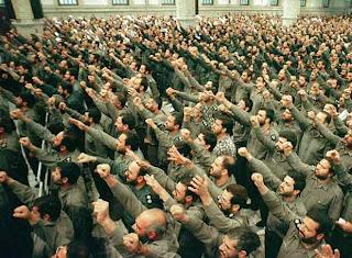 CENTURIA 6: CUARTETA 61-63-64 Miembros_Guardianes_Revolucion_Islamica