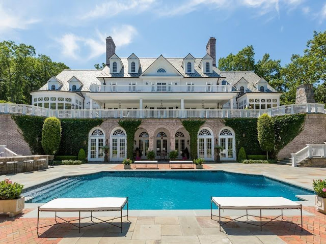 Passion for luxury luxurious residence in lloyd harbor for Mansion with pool for sale