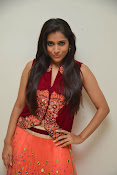 Rashmi goutham latest glam pics-thumbnail-1