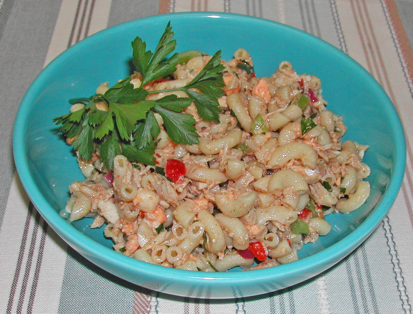 Tuna macaroni salad recipe dishmaps for Macaroni salad with tuna fish