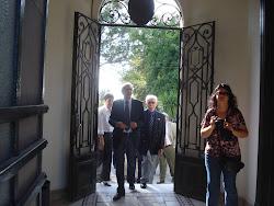 visita del SR. EMBAJADOR DE ITALIA EN URUGUAY AL LICEO D.A.U. MARZO 2011