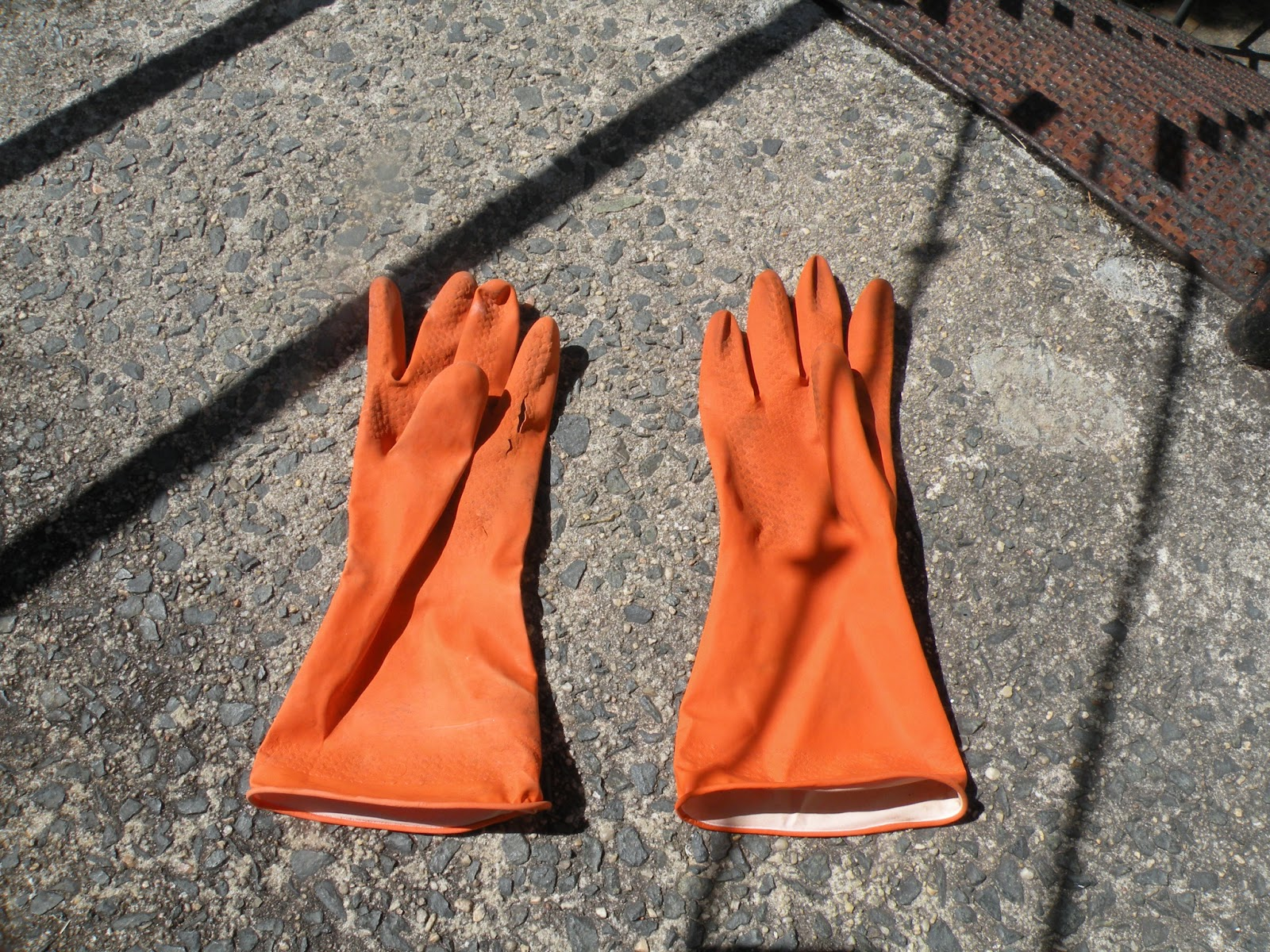 if you turn a left-handed glove inside out it fits