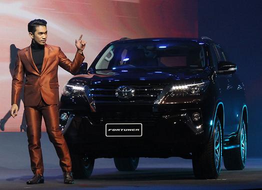 Peluncuran Toyota Fortuner Terbaru 2015 - 008