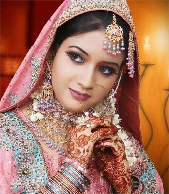 Masti Club: Beautiful Photos of Pakistani Brides