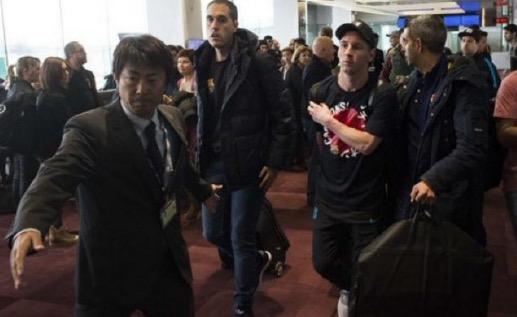 Lionel Messi tumbuk penyokong River Plate yang meludahnya