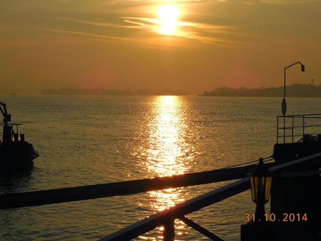 Rasarit de soare la Dunare