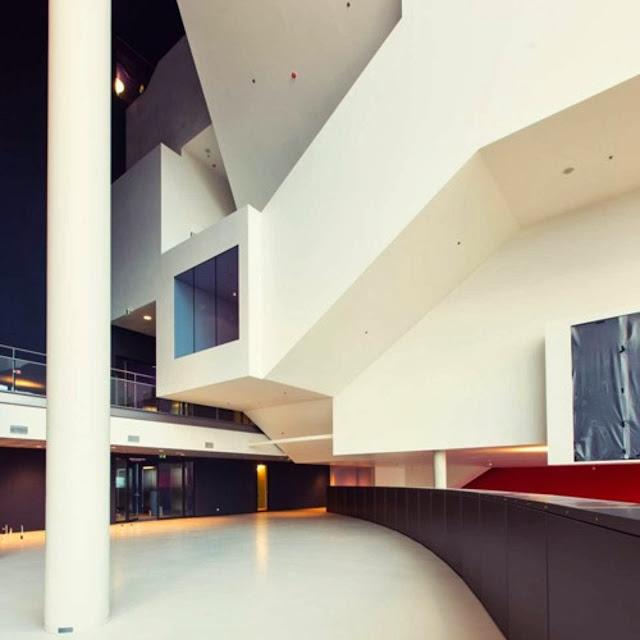 09-Tivoli-Vredenburg-by-Architectuurstudio-HH