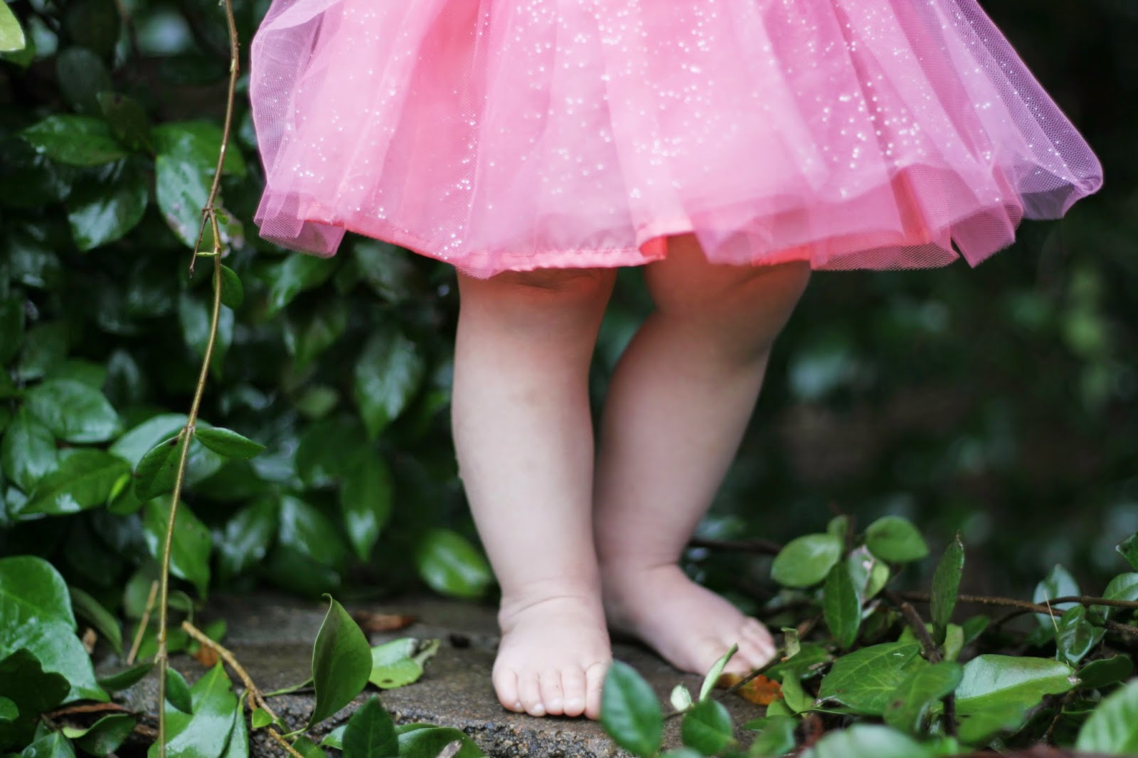 tutu, baby girl, toes, pink, girly