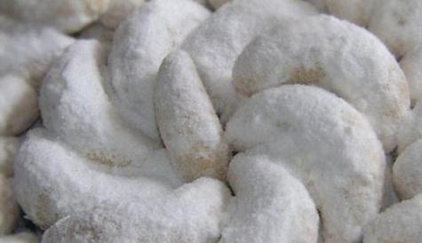resep lengkap cara membuat kue putri salju sederhana