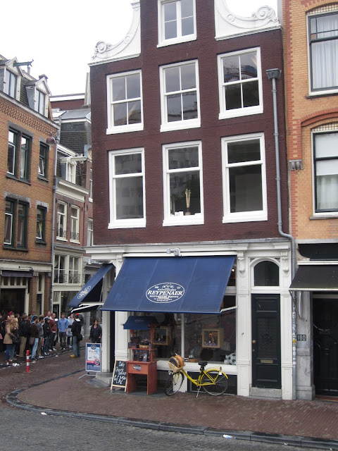 Reypenauer Cheese Shop, Amsterdam / SouvenirChronicles.blogspot.com