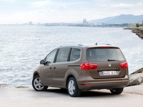 Latest Amazing Carz 2012 Seat Alhambra 4wd Wallpapers