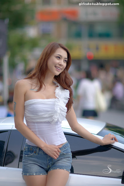 19 Kang Yui-ASUS Lamborghini VX7 Roadshow-very cute asian girl-girlcute4u.blogspot.com
