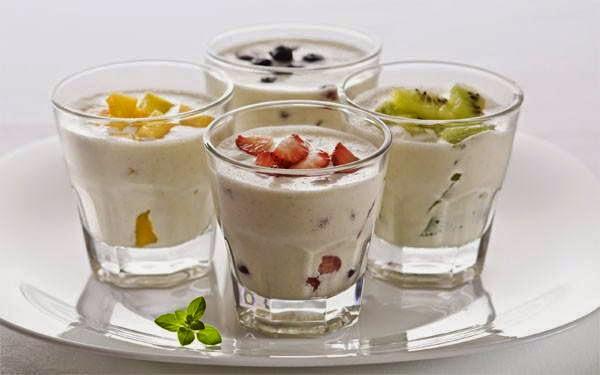 Mixture of Vietnamese Fruits and Yogurt