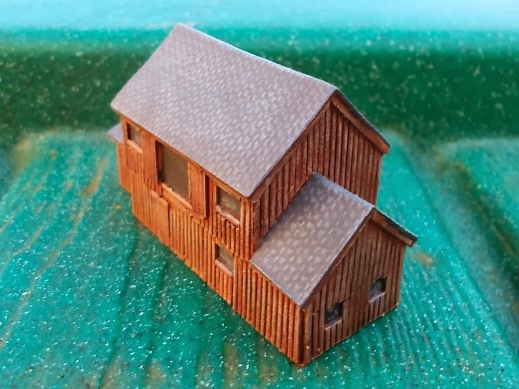 vps adalah sebuah tanah yang kita beli, sedangkan web hosting adalah pondasi yang kita letakkan pada tanah tersebut untuk membangun sebuah rumah atau gedung (dalam hal ini rumah atau gedungnya adalah domain dan website yang kita bangun)