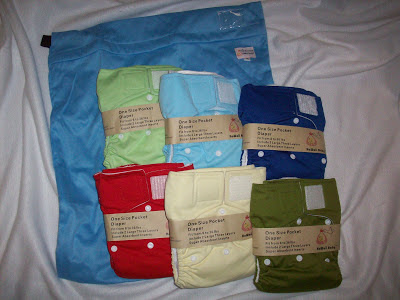 Kawaii-One-Size-Diapers-Wet-Bag-Giveaway-February-2013