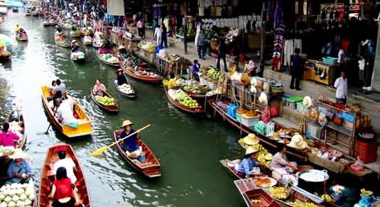 Attractions in Thailand: Ratchaburi Floating Market, Thailand