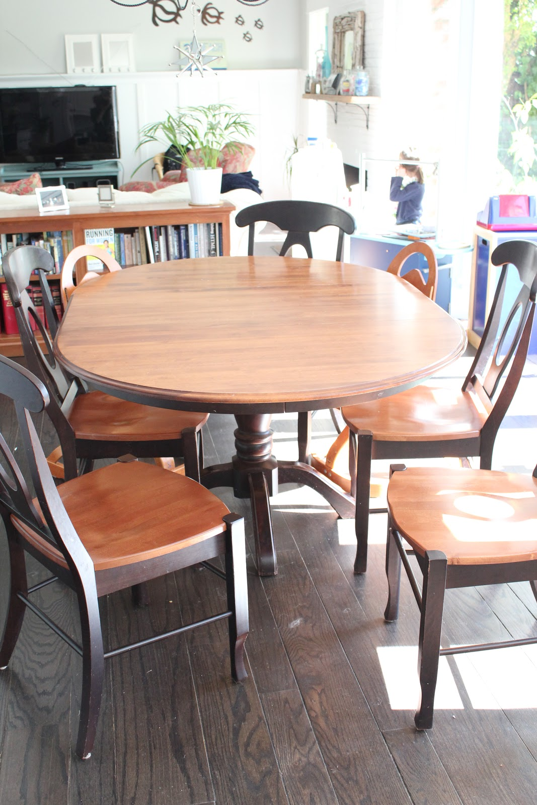 my greenbrae cottage dining table refinish with annie sloan