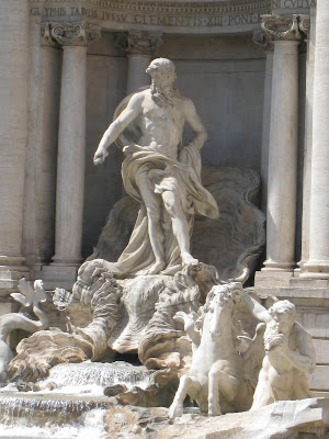 Statue-of-Neptune-Trevi-Fountain-Rome-Italy