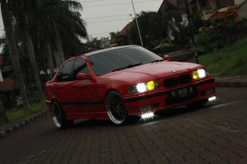 BMW 320i MT 1994