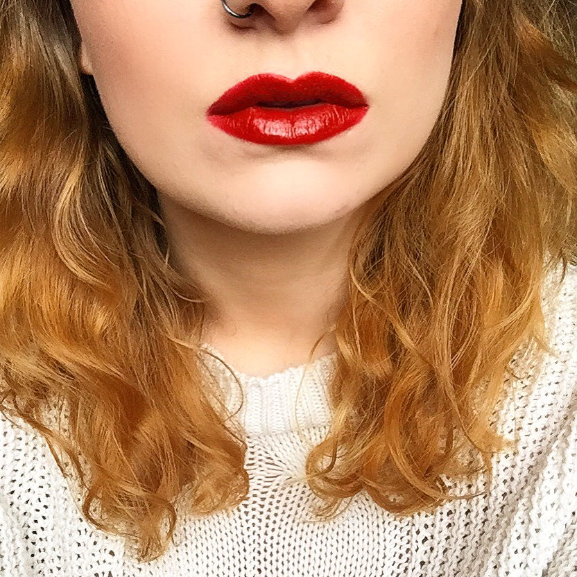 KISScosmetics Lip Vinyl Lady In Red