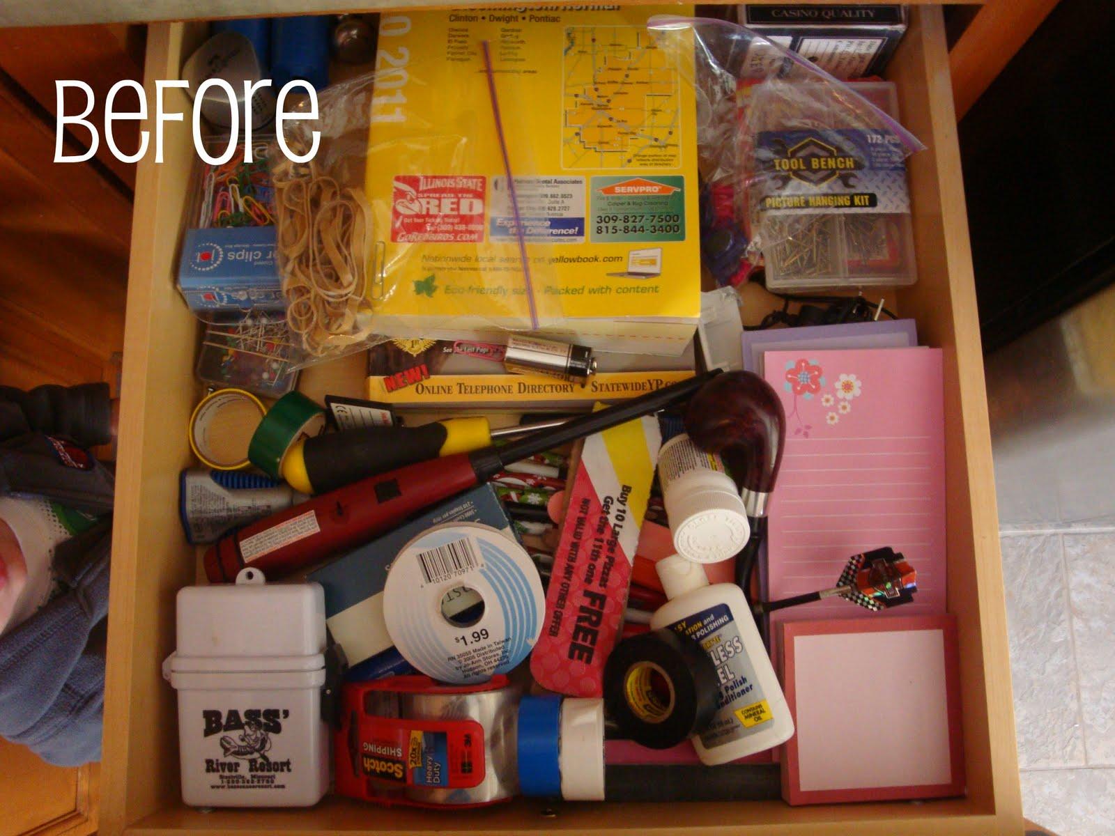 Live, Laugh, Love...: Organizing...kitchen drawers