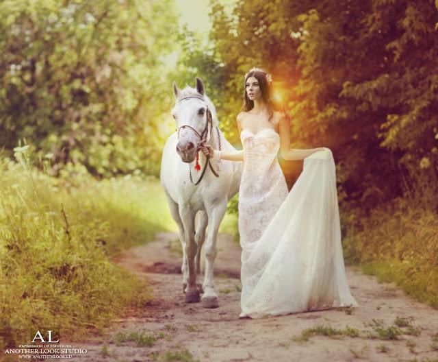 фея и лошадь