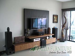 interior etnik di ruang tamu minimalis rumah mungil