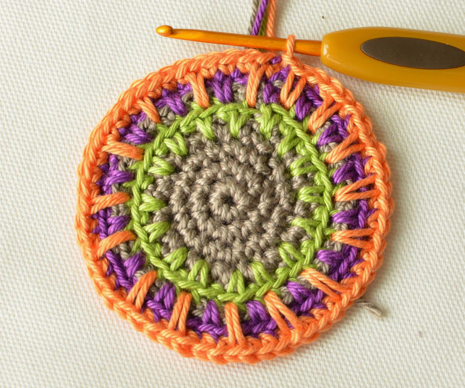Anatomy of spike stitch or how to crochet a simple coaster without then you can add more rounds crocheted with only single crochet stitches and then some more rounds with spike stitches you can even make an original rug bankloansurffo Choice Image