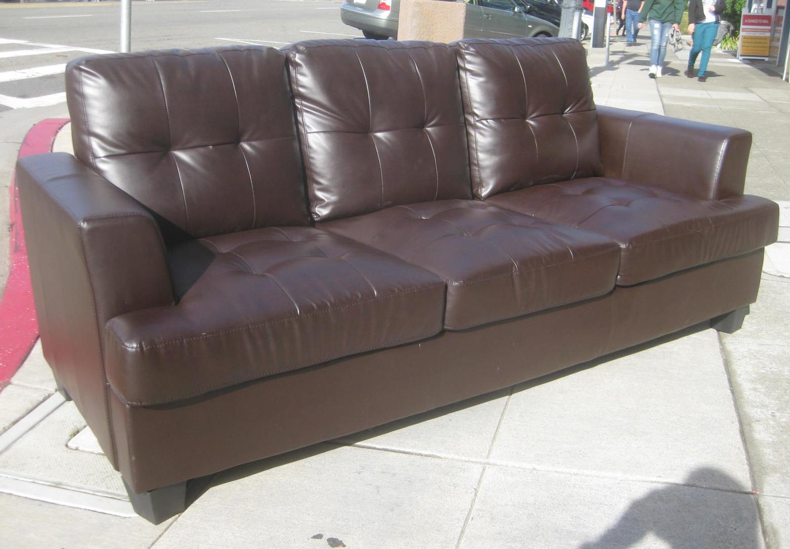 gets flaky full davis couch durablend expert refund for consumer with faux customer pleather furniture amy