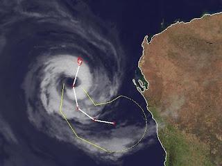 Zyklon IGGY erreicht Australien wahrscheinlich nicht mehr als starker Sturm, Januar, Februar, Iggy, Australien, Australische Zyklonsaison, aktuell, 2012, Satellitenbild Satellitenbilder, Vorhersage Forecast Prognose, Verlauf, Zugbahn