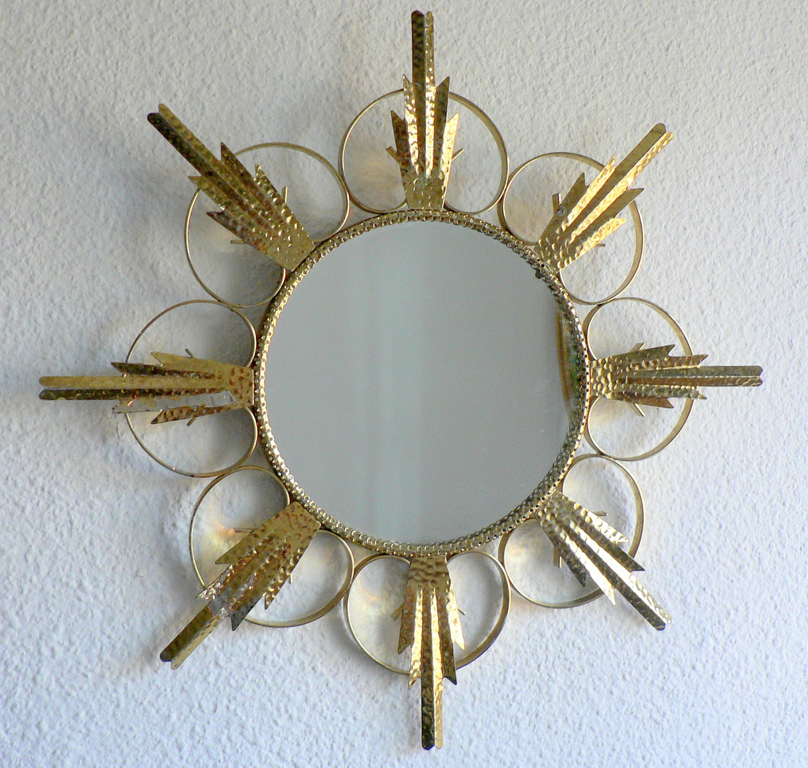 Vintage kitsch siglo xx espejo sol dorado metalico a os 50 for Espejo dorado