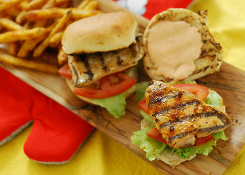 grilled chicken sliders, big green egg recipes,