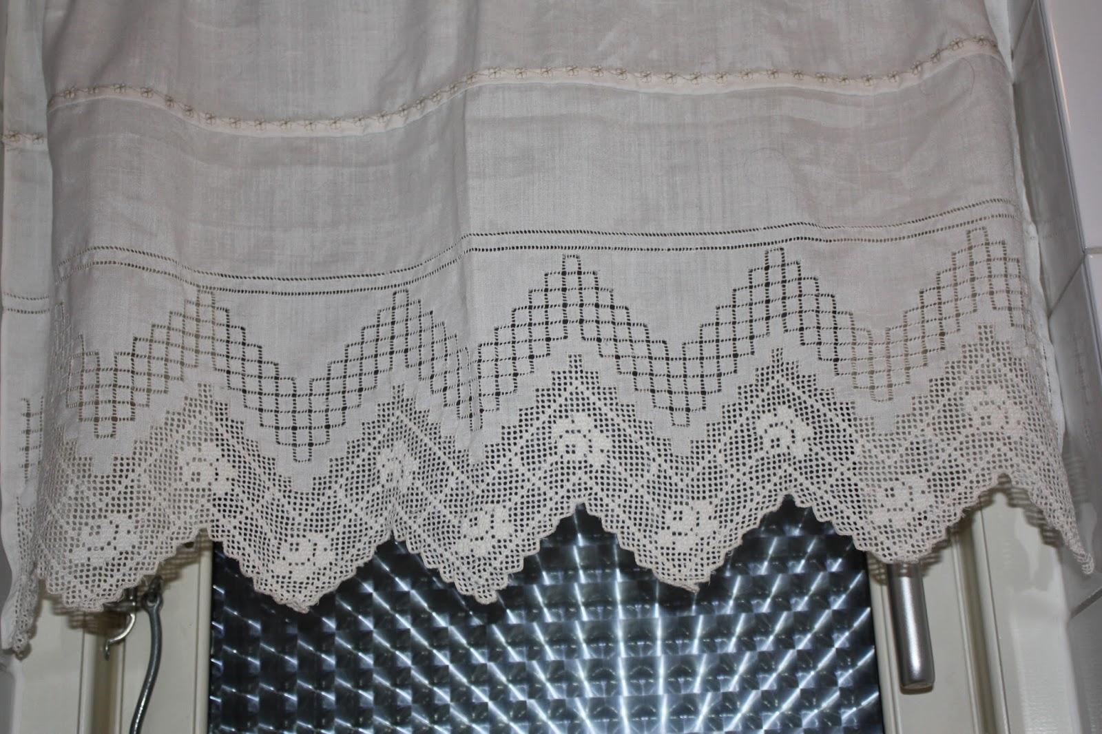 Cortinas De Baño Bordadas A Maquina:En esta lo que he hecho ha sido un patch de tela con un bloque de
