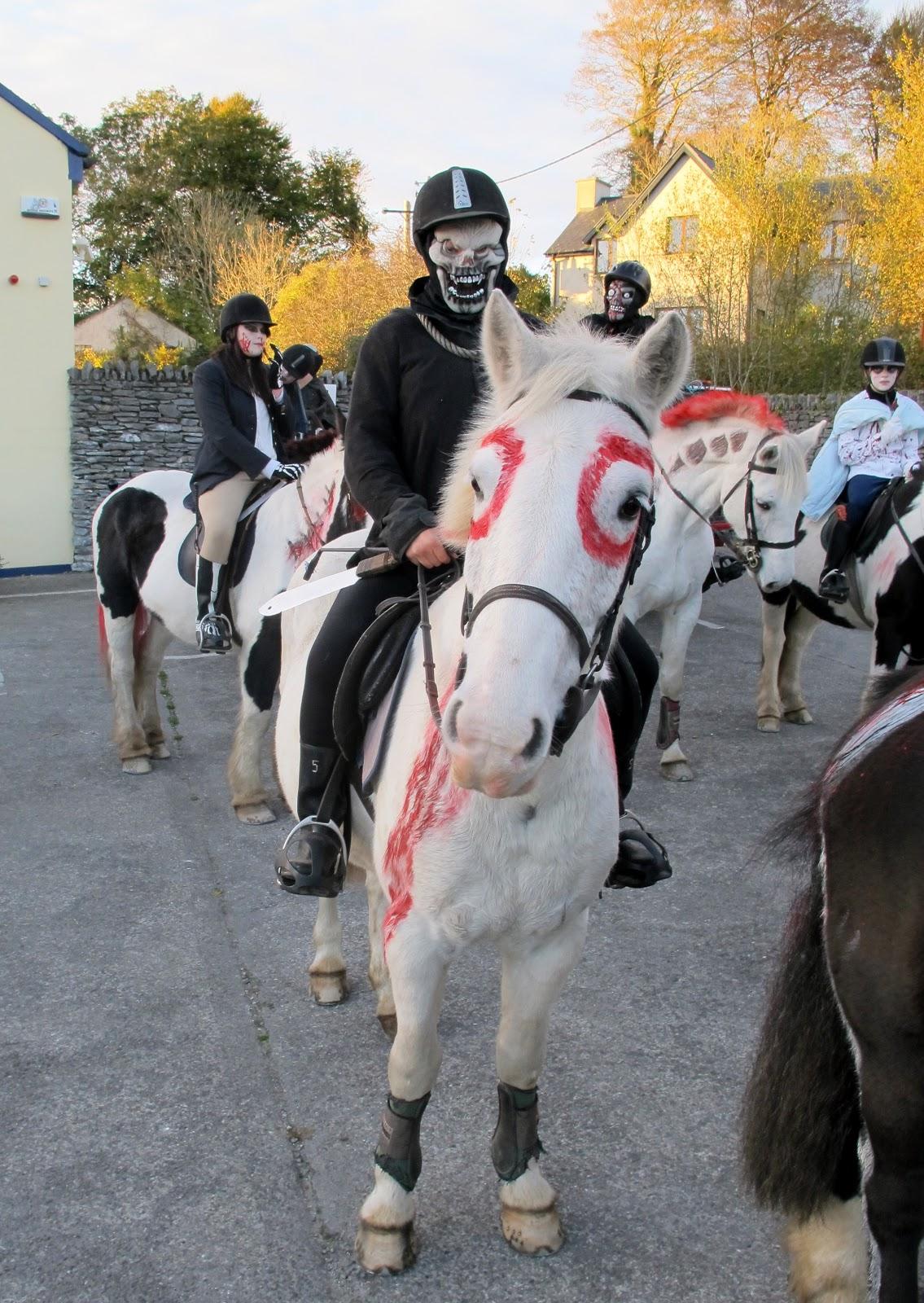 halloween utklädnad häst