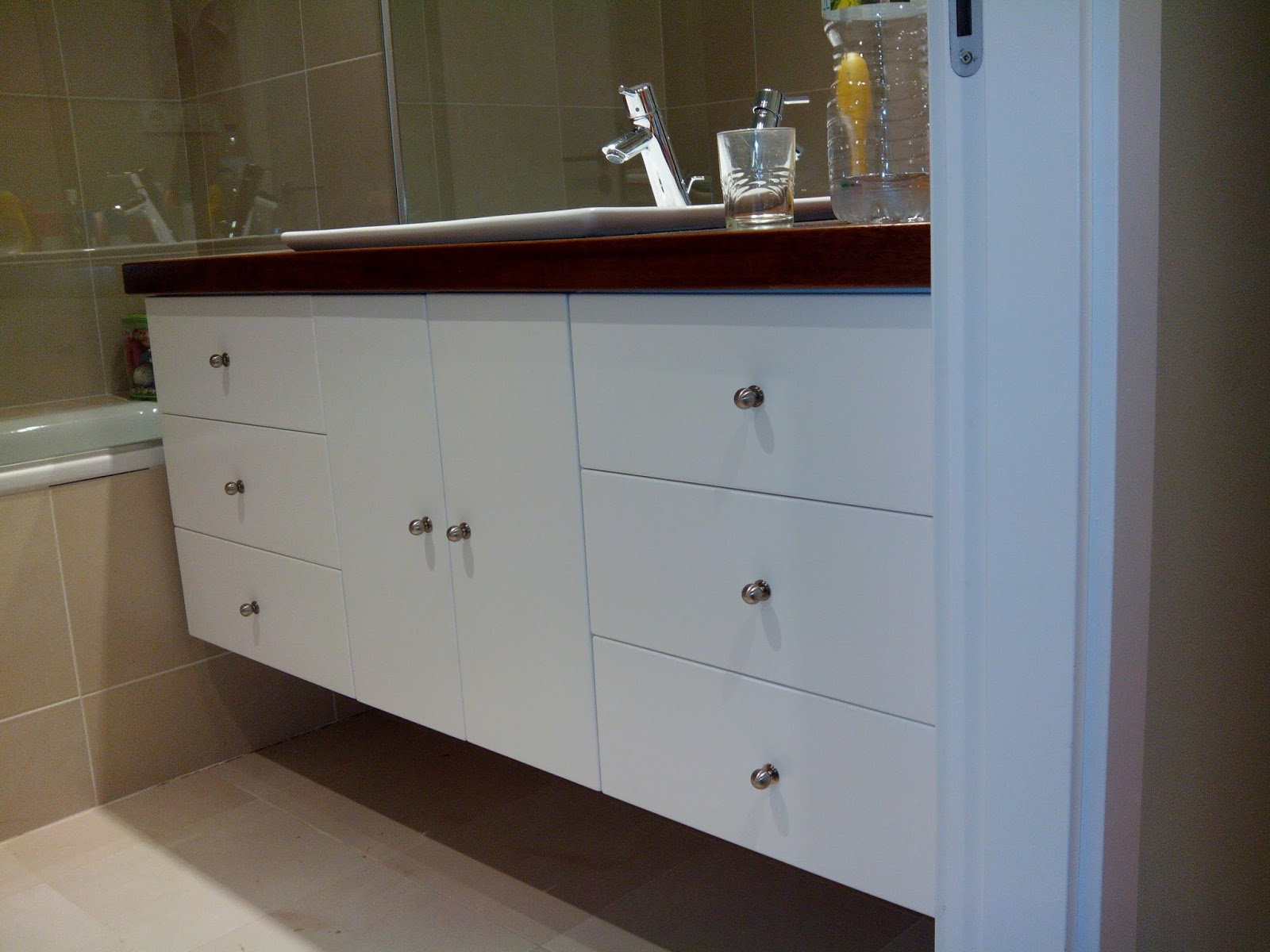 Mueble de cuarto de baño para dos lavabos - Muebles ...