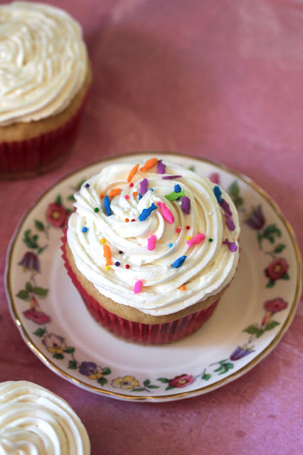 Vanilla Vegan Cupcakes and other vegan cupcakes recipes ...