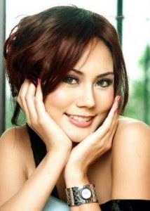Wanita Tercantik di Indonesia Foto Cewek Cantik 2012 -