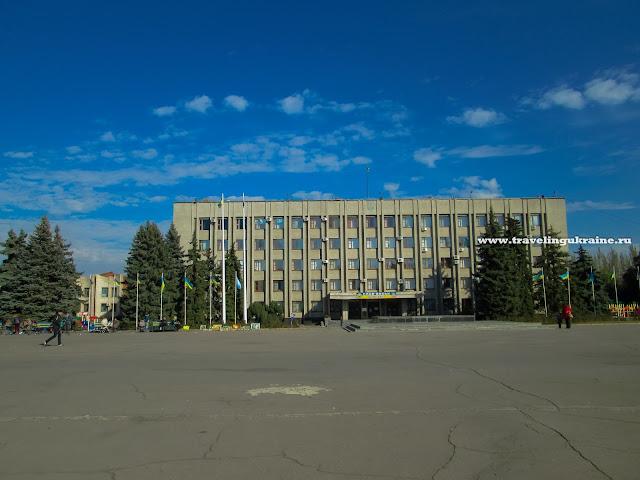 Славянск, осень 2015, площадь
