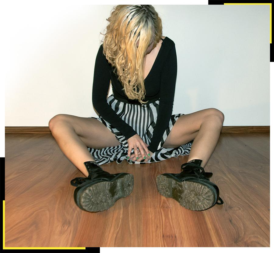 For Peet's Sake blog striped skirt black top Dr Martens Docs boots
