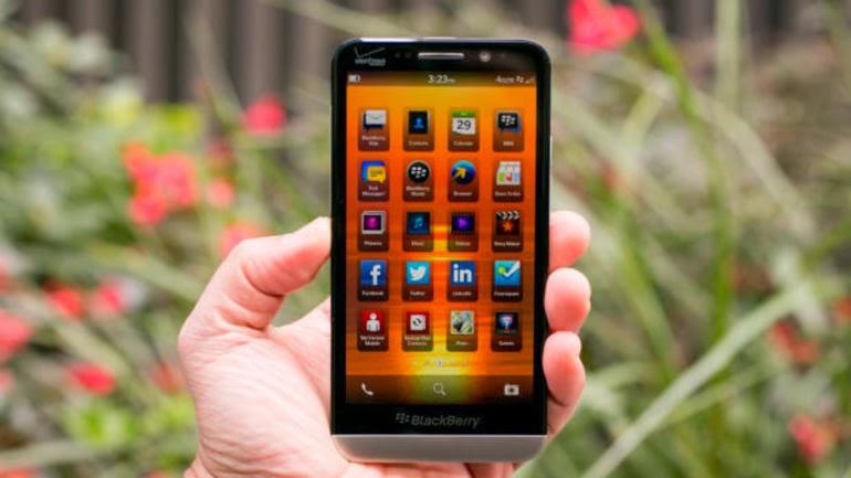 Muy buenas noticias para todos los amantes de BlackBErry en EE.UU, hasta el día de hoy solo la empresa Verizon había sido la única de EE.UU. que vendía el BlackBerry Z30, ahora se puede comprar un dispositivo Z30 liberado con SIM gratuita directamente desde ShopBlackBerry.com por $ 499. Este BlackBerry Z30 está listo para ser usado con AT&T o T-Mobile y tiene bandas 4G / LTE 4G. Compra un BlackBerry Z30 de ShopBlackBerry Comunicado de Prensa BlackBerry Smartphone Z30 Ahora Disponible En ShopBlackBerry.com en los EE.UU.WATERLOO, ONTARIO – (Marketwired – Marzo 19, 2014) – BlackBerry Limited (NASDAQ: BBRY) (TSX: BB),